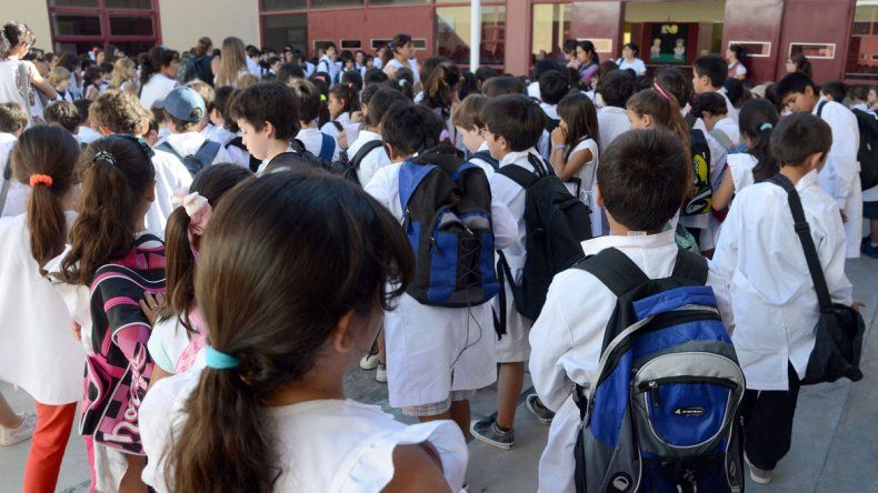 Aseguran que las escuelas están listas para el reinicio de clases