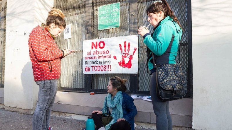 Distintas organizaciones se manifestaron en los tribunales cipoleños.
