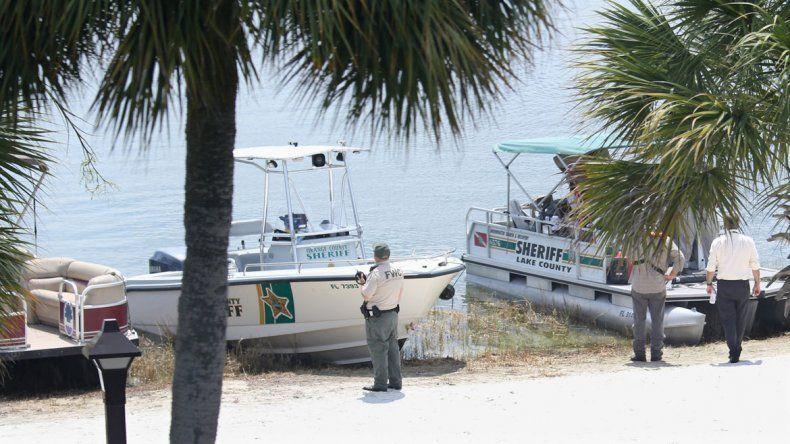 Las autoridades dieron con los restos del niño en proximidades a la costa donde fue atacado.
