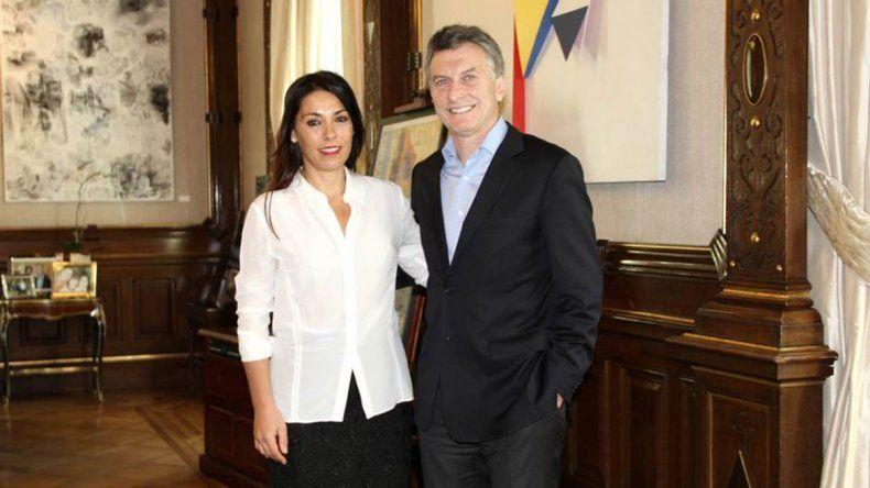 La senadora Lucila Crexell y Mauricio Macri.