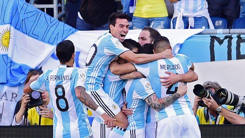 Argentina sigue encabezando el ranking mundial de la FIFA