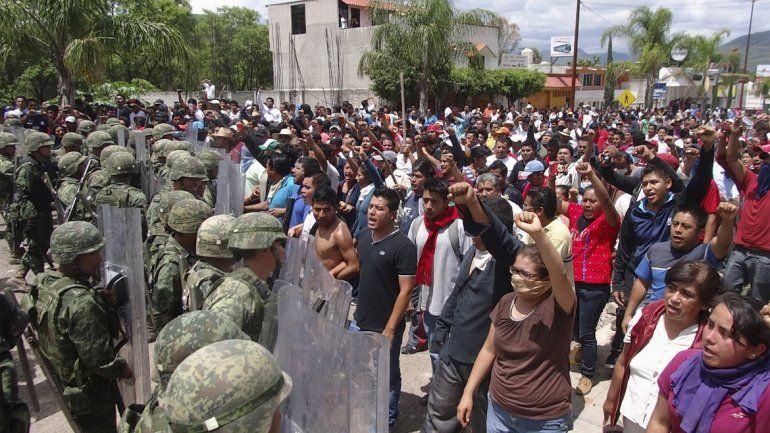 Ya son seis los muertos por represión en una protesta docente