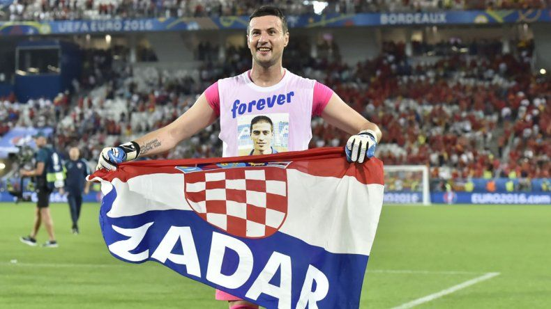 Croacia festejó sobre la hora.