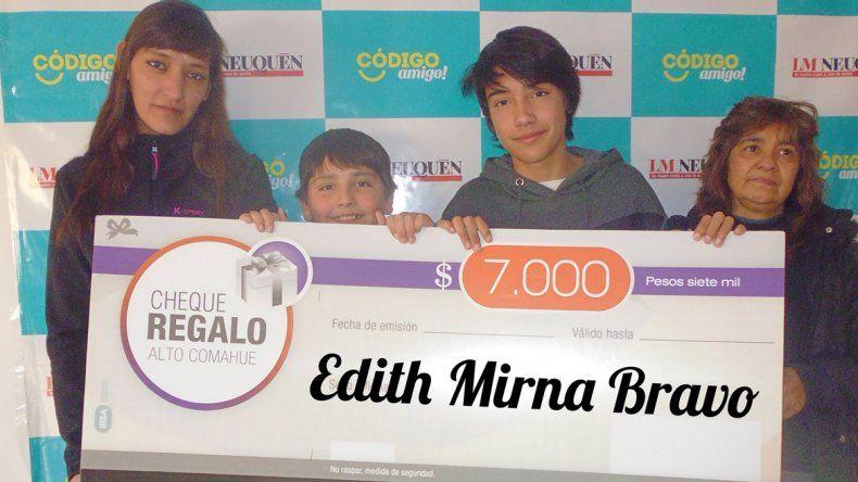 Mirna Edith Bravo.