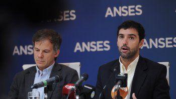 Emilio Basavilbaso, titular de la Anses, en conferencia de prensa.
