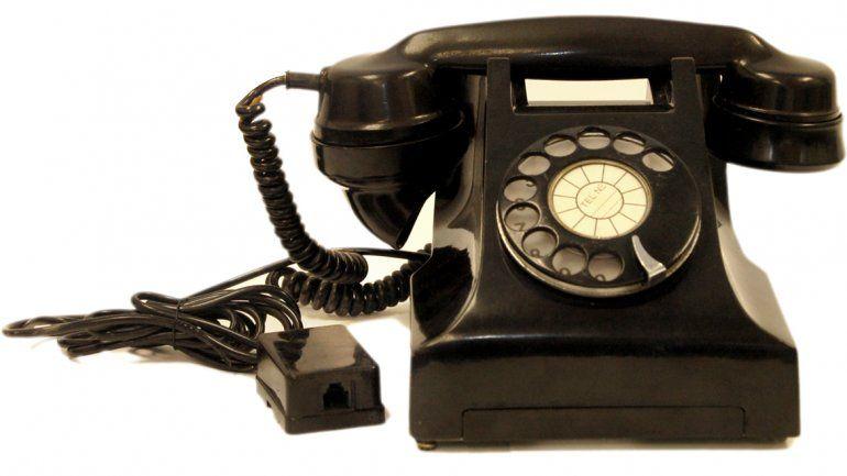 La llegada de Whatsapp y otros servicios de mensajería similares sentenció a una muerte segura a los SMS. Memoria. Pronto se nombrará a la persona que se quiere llamar