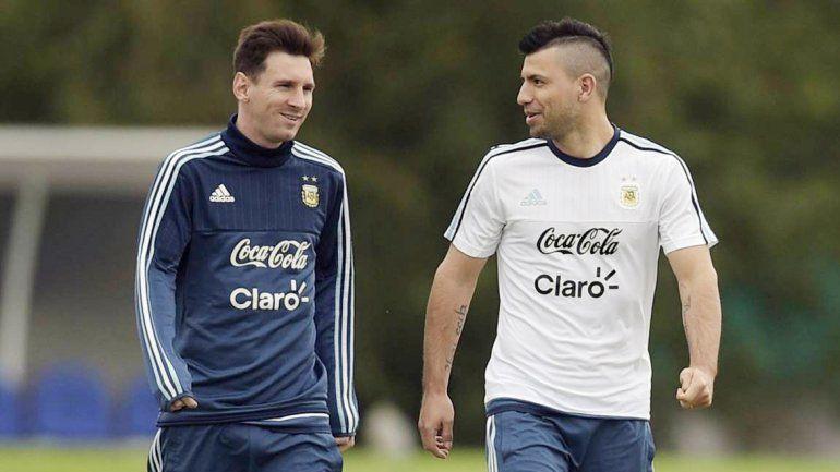 Agüero y Messi comparten siempre las concentraciones.