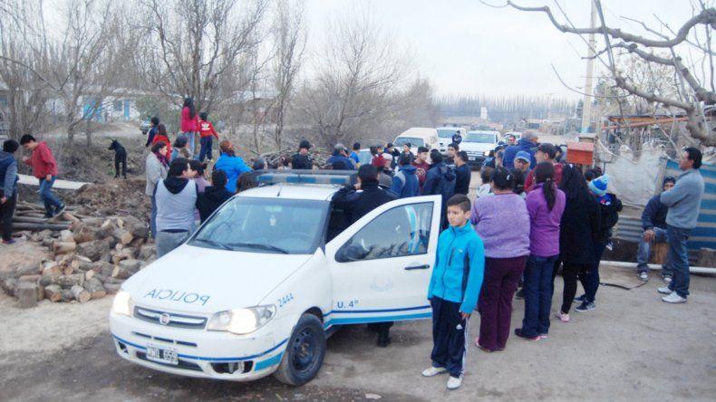 El Fiat Siena de la Comisaría 4ª estuvo más de tres horas retenido.