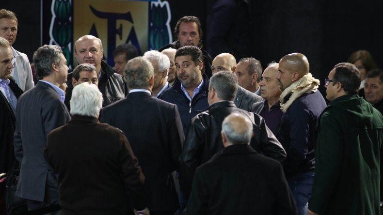 La asamblea por la Súperliga pasó a cuarto intermedio