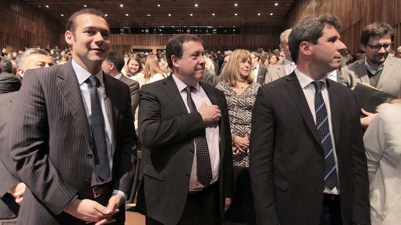 El gobernador Omar Gutiérrez junto a su par rionegrino