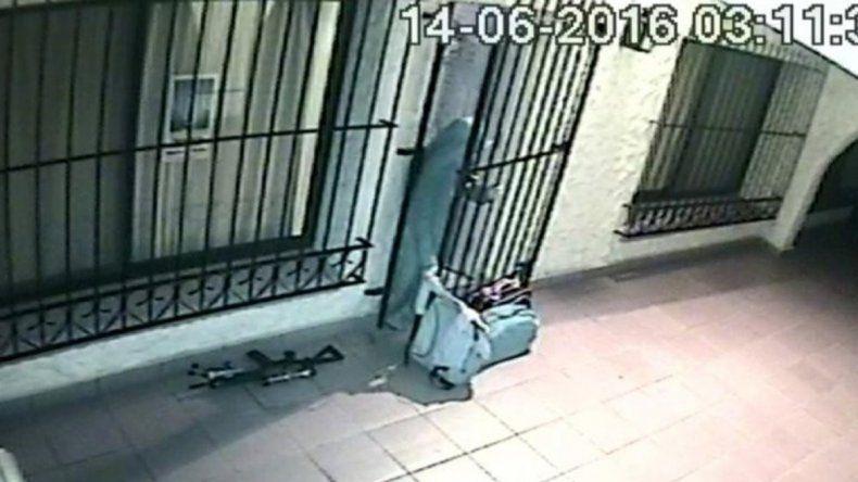 Las supuestas monjas ayudaron al ex funcionario a ingresar los millones de dólares al convento de Rodríguez.