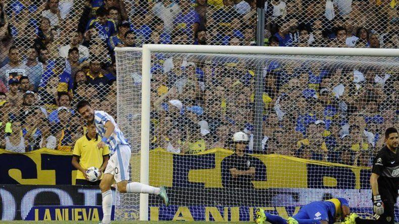 El recién ascendido Atlético Tucumán le ganó por primera vez en La Bombonera en la 2ª fecha.