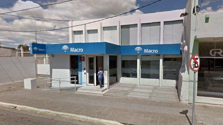 La víctima retiró el dinero del cajero del banco Macro de Cutral Co.