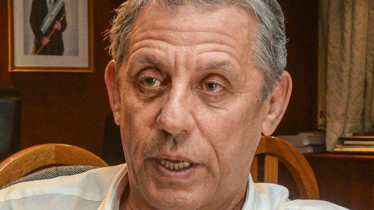 Quiroga dijo que la provincia está fundida y criticó a los concejales.