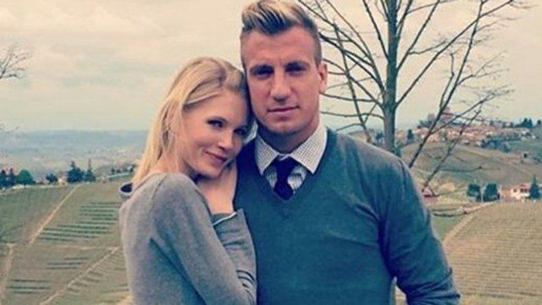 Maxi López y su novia sueca.