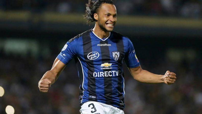El ecuatoriano Arturo Mina hizo un gol en la final de la Libertadores.