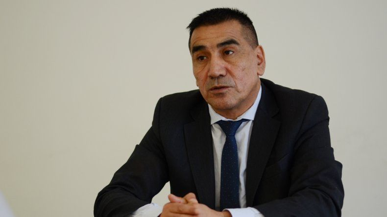 El ex intendente y actual miembro del Parlasur cree que al MPN se le puede ganar