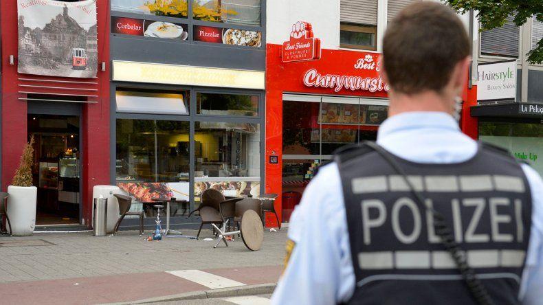 Nuevo ataque en Alemania: un joven mató a una mujer con un machete