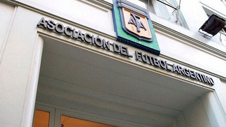 La casa madre tuvo otra tarde agitada en la sede de la calle Viamonte.