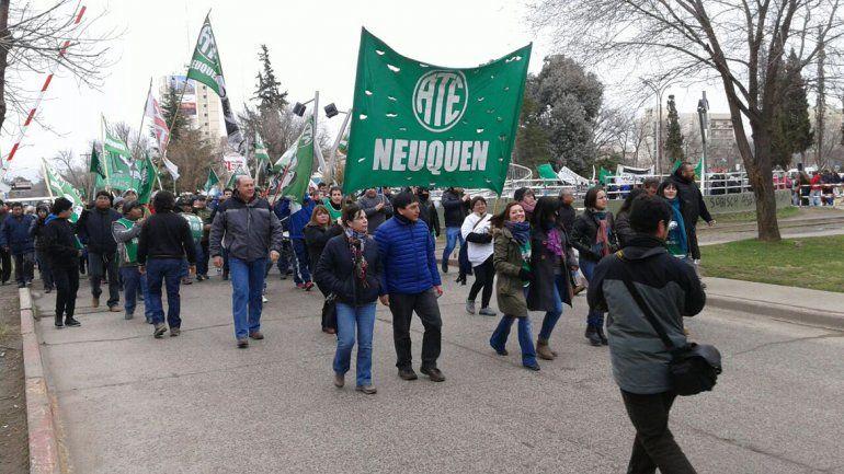 Los gremios neuquinos se suman a la marcha federal