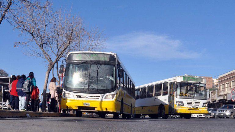 El Concejo Deliberante quiere ser el árbitro de la tarifa de colectivos en Neuquén.