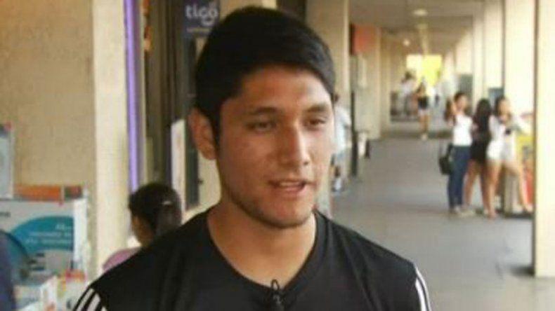 El respositor Miguel Luna logró reducir al secuestrador del nene.