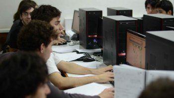 Dos semanas duró el entrenamiento intensivo que realizaron más de 120 estudiantes argentinos y de Latinoamérica en la UNCo de cara a los próximos torneos mundiales de programación.