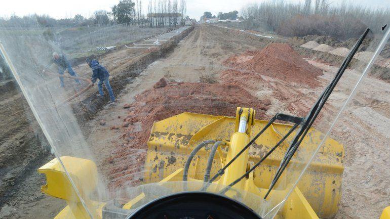 El Municipio intensifica los trabajos para la apertura de la calle Lanín.