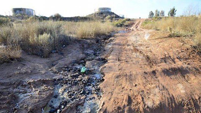 La Municipalidad de Rincón multa a YPF por derrame de agua