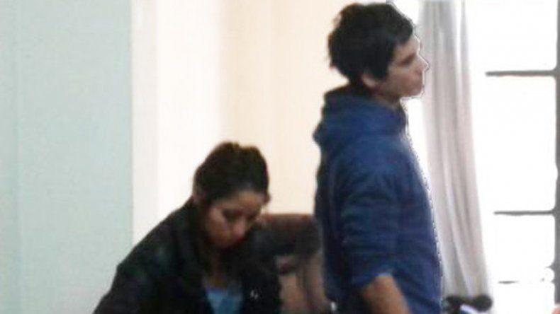 Marilyn y su pareja fueron acusados por la jueza Carina Álvarez y luego salieron caminando de las salas de audiencias de Yrigoyen al 100.