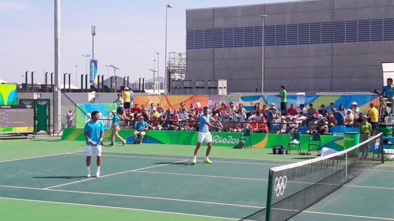 Delpo y Machi González debutaron con un triunfo en el Dobles