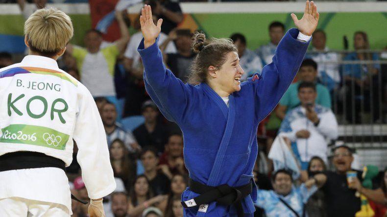 Histórico: la Peque Pareto se hizo gigante y ganó la primera medalla de oro argentina