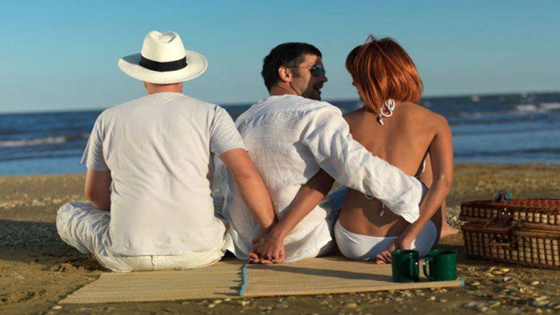 El trabajo lo realizó la página web de citas para casados o comprometidos VictoriaMilan. Según el estudio