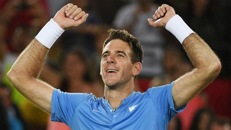 Gigante. Juan Martín Del Potro tuvo un debut tremendo: le ganó en dos sets a Novak Dojovic 7-6 (4) y 7-6 (2). Hoy a las 14 se enfrentará con el portugués Joao Sousa.