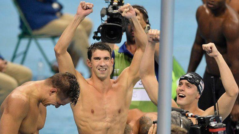 Phelps se colgó su decimonoveno oro olímpico