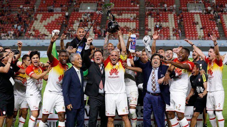 Independiente Santa Fe levantó la Copa Suruga