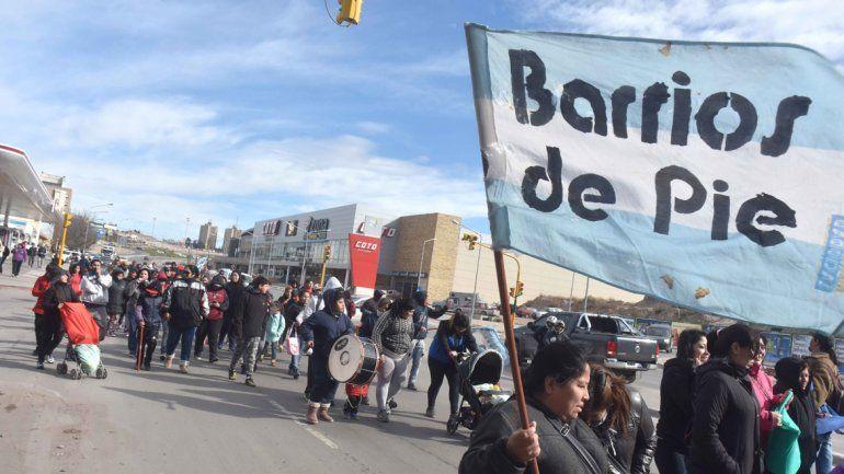 Organizaciones sociales protestan con ollas populares para que se declare la emergencia social