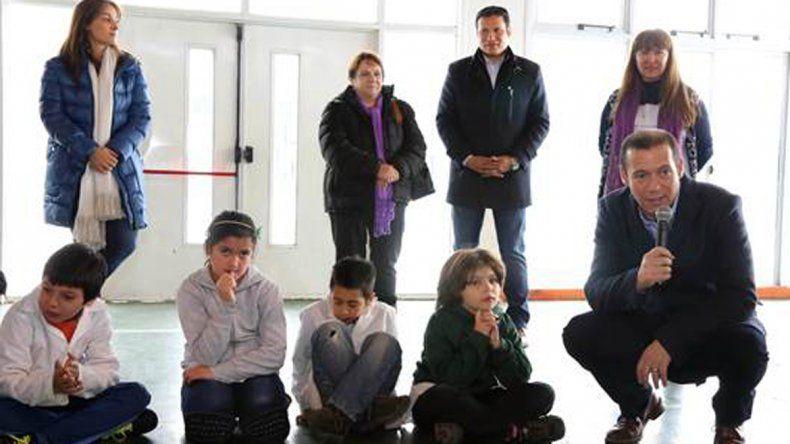 Gutiérrez visitó el polideportivo de Chapelco y apostó por el deporte