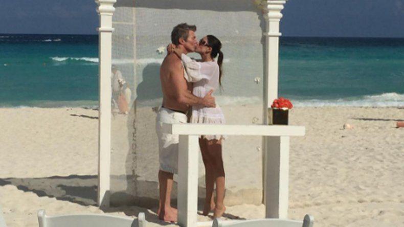 Topísimo: Fernando Burlando y Barby Franco se casaron en Cancún