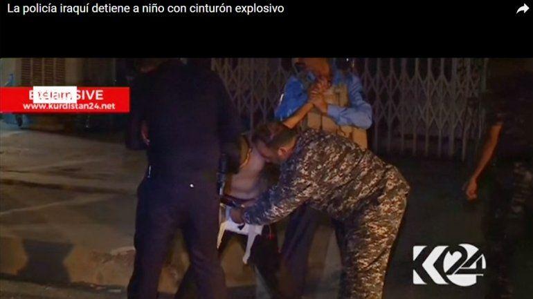 Detienen a un niño que escondía explosivos bajo la camiseta de Messi