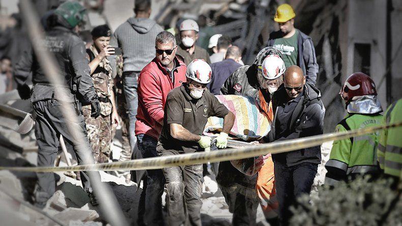 Italia: ya suman 37 los muertos por el terremoto