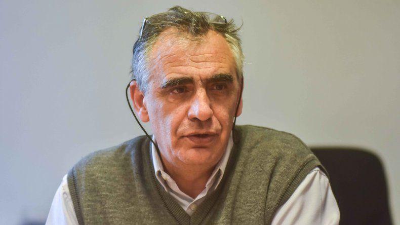 El rector Crisafulli quiere solucionar la situación con la comuna.