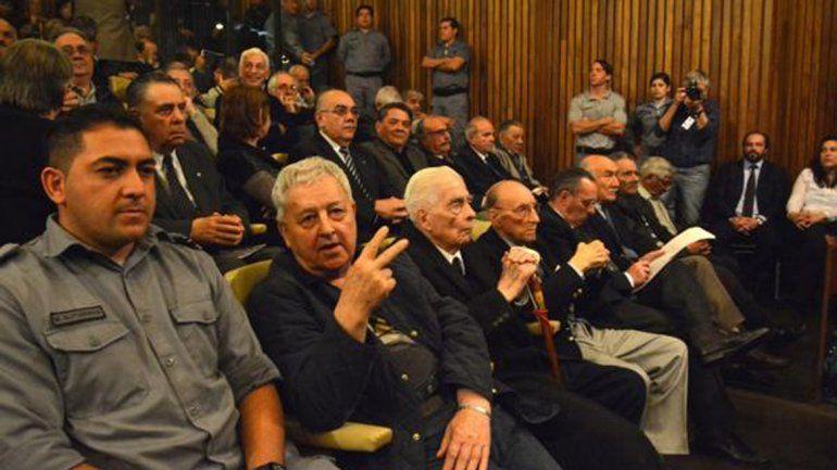 Condenaron a prisión perpetua a Luciano Benjamín Menéndez