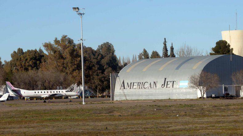 American Jet es una de las empresas anotadas para prestar el servicio aéreo Neuquén-Temuco.