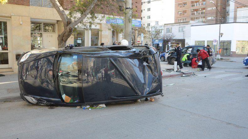 La esquina donde se produjo el accidente no tiene semáforo. Se cree que alguno de los dos no frenó.