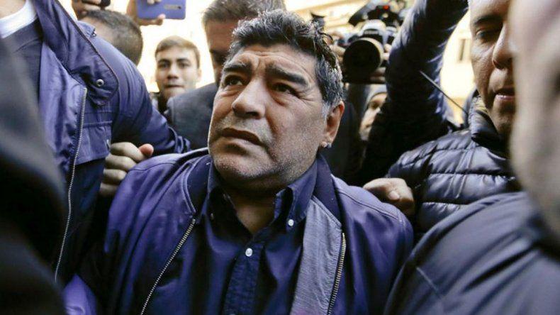 Maradona hizo un escándalo porque no pudo viajar a Dubai