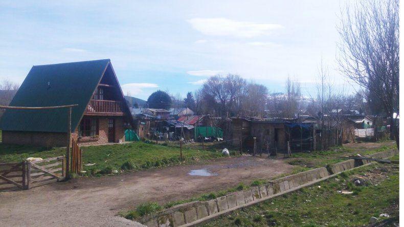 Vecinos denuncian robos constantes y culpan a los habitantes de una toma