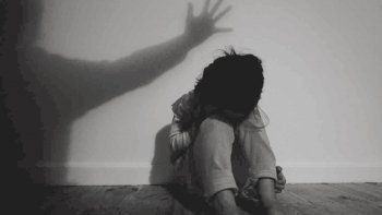El hombre fue sometido a juicio y en las cuatro jornadas quedó acreditado el abuso sexual hacia su hija.