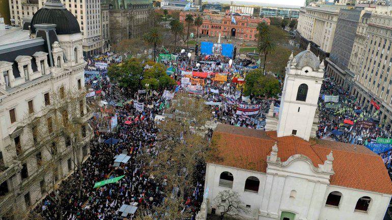 Dirigentes de las CTA amenazaron con un paro nacional