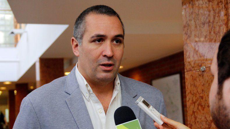 Sánchez dijo que el Gobierno debería hacerse cargo de los problemas.
